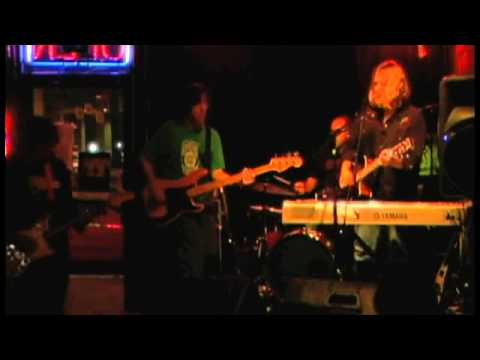 Jim Camacho - Thumbnail Moon (Live at The Luna Star Cafe)
