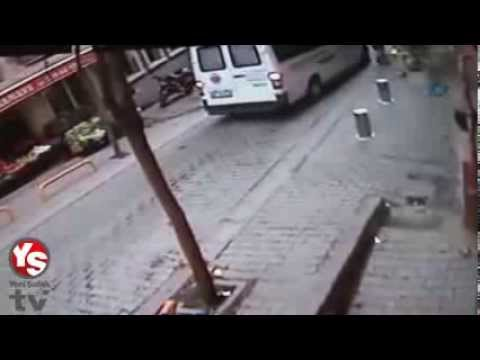 Moment of the explosion in Taksim on security cameras