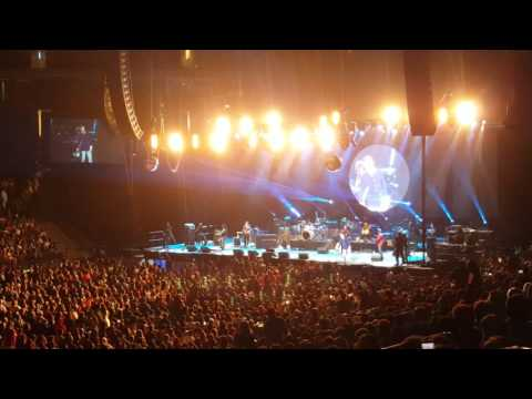 Atif Aslam (Live at Oracle Arena) - Piya o re piya