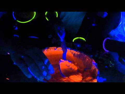 Slime Making - Trailblazers - Week 7 Parkland YMCA - Go go glow room