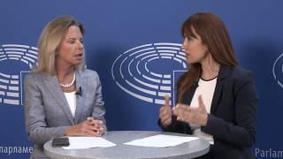 Η Ελίζα Βόζενμπεργκ μιλά στο Livemedia και την Ειρήνη Συράκη για το Σκοπιανό