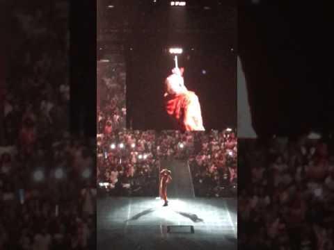 """Chris Brown """"Party Tour"""" Verizon Center D.C. PART ONE"""