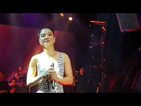 เพียงสบตา/ลิเดีย Concert One Night In Poi-pet กับ หนึ่งจักวาล