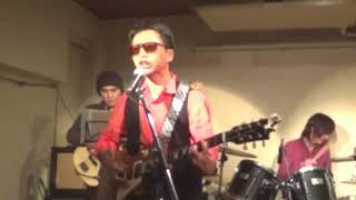 """京都のライブハウス""""わからん屋""""さんでのギター教室発表会にて、Electri..."""
