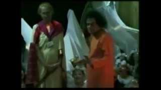 Sathya  Sai Baba   Video    Miracles & Miracles