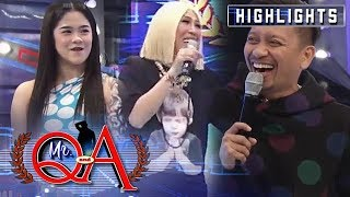 Vice notices Sanrio and Jhong's matchy outfits | It's Showtime Mr Q and A