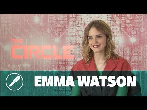 Emma Watson nous parle de The Circle, son nouveau film avec Tom Hanks