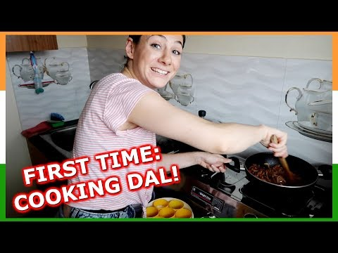 FIRST INDIAN FOOD EP. 1: COOKING DAL RECIPE | TRAVEL VLOG IV