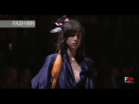 VIVIENNE WESTWOOD Fall Winter 2017-18 Paris Fashion Week - Fashion Channel