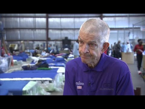 Houston furniture store owner opens doors to flood victims