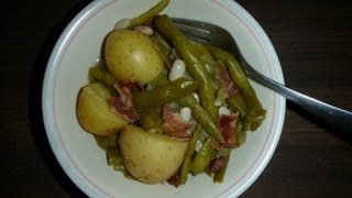 Old Fashioned Green Beans And New Potatoes With Bacon