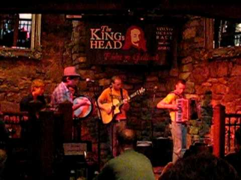 music at the crossroads at the king 39 s head pub in galway. Black Bedroom Furniture Sets. Home Design Ideas