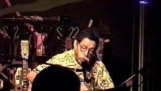 2002年、芦別ロックハウス・ディランにて。 シバさんとは本当の仲良しだ...