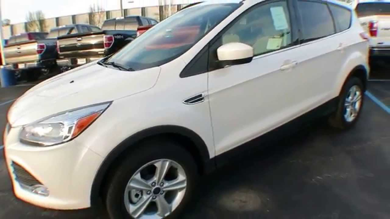 2014 ford escape se white