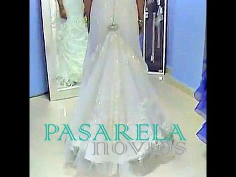 Recoger cola vestido novia