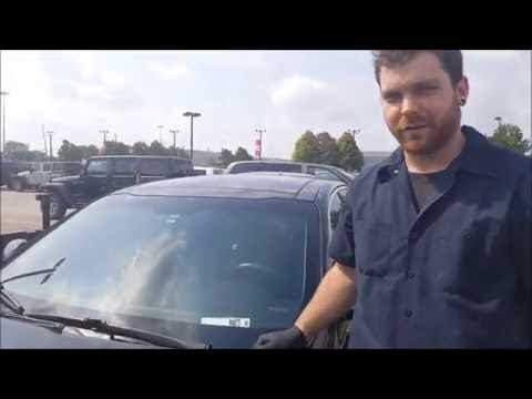 How To Install Wiper Blades On A 2015 Kia Optima | Maintenance Monday | Car Nation Canada Direct |