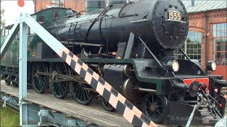 steam locomotive on a turntable hyryveturi hv1 555 kntpydll