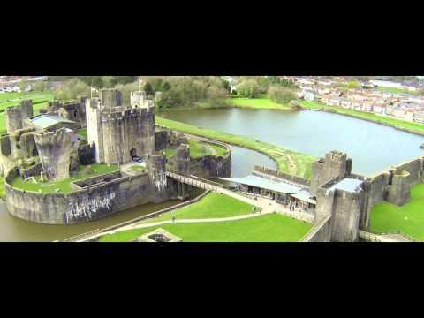 Castles from the Clouds: Caerphilly Castle - Cymru o'r Awyr: Castell Caerffili