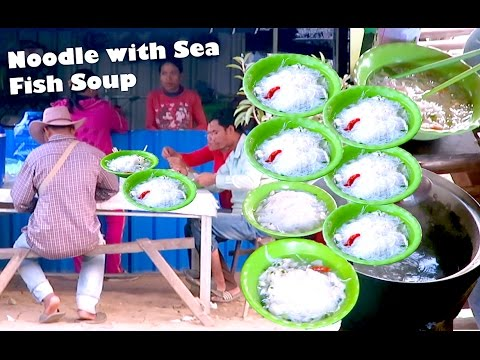 Cambodian Traditional Cuisine at Kampot Province | Khmer Noodle with Sea_Fish_Soup