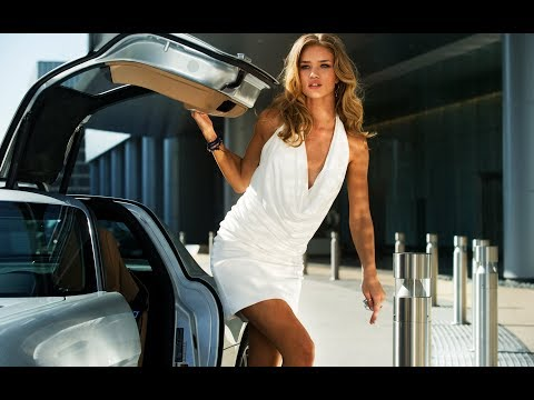 Rosie HuntingtonWhiteley in Transformers Dark of the Moon