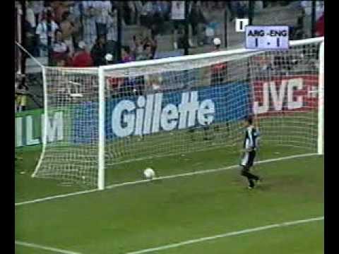 michael-owen-england-vs-argentina-france-'98