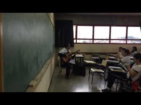 Colégio 🏫 são Luís  de prática de conjunto de flauta doce  Música SAMPA Caetano Veloso