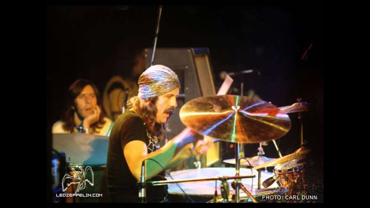Led Zeppelin Black Dog Live
