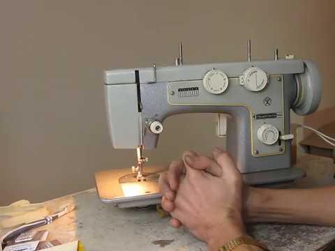 Швейная машинка Подольск 142.Профилактика и мелкий ремонт.Часть1.Смазка челнока.Видео №3.