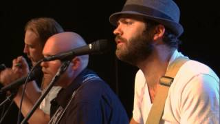 "The Damn Quails Perform ""Fools Gold"" On The Texas Music Scene"