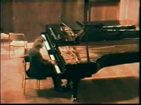 RUSLAN SVIRIDOV - Rachmaninov. Piano Sonata no. 2: mov. 1.
