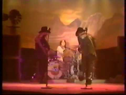 ZZ Top - Chevrolet (Live 1976) Better Quality - YouTube
