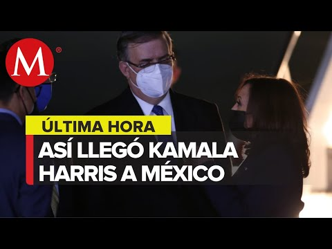 Ebrard recibe a Kamala Harris en AICM