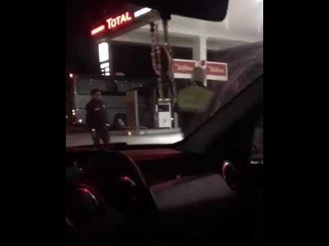 Silah Göstererek Tehdit Ettiği Otobüsün Içinden çıkanları Görünce şaşkına Döndü