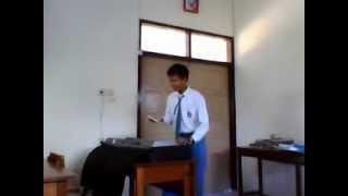 menyanyikan lagu ibu pertiwi Mp3
