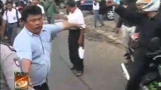 BUS Diserang Pelajar Di Matraman, Penumpang TAKUT! KERNET Ngamuk!