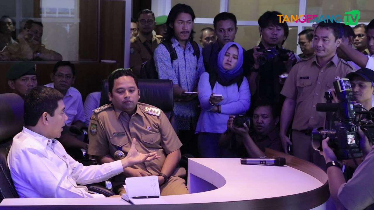 Download MENPAN-RB Yuddy Chrisnandi mengunjungi Tangerang LIVE Room Kota Tangerang [Tangerang TV]