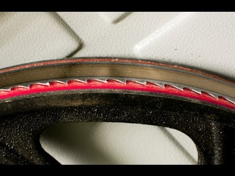 Bandsaw blade tracking adjustment youtube bandsaw blade tracking adjustment greentooth