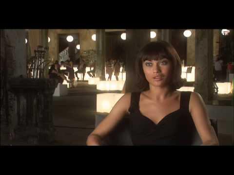 JAMES BOND 007 - Quantum of Solace - Olga Kurylenko BEHIND SCENES