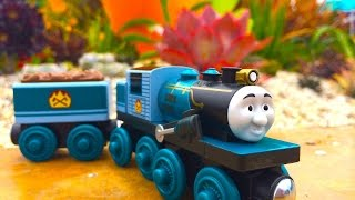 Thomas & Friends Ferdinand Wooden Railway Toy Train Review By Mattel Fisher Price Character Friday