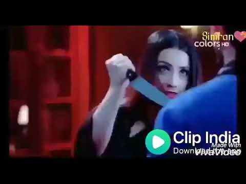 Aati Hai Woh Aise Chal Ke jaise Jannat se Aati Hai WhatsApp status for Ishq Mein Mar Jawa
