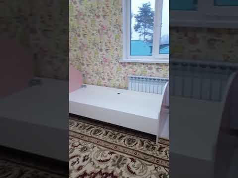 Спальный гарнитур для девушек