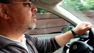 Robert und Conny: Wie funktioniert der Stauumfahrer im Skoda Octavia Combi?