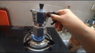 184. Подарок из Италии гейзерная кофеварка. Готовлю кофе и палак панир. Обезьяна тоже требует еду