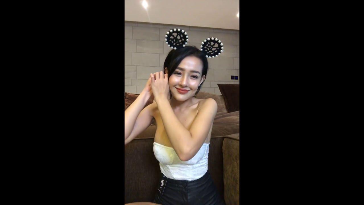 Ngân 98 và Lương Bằng Quang livestream trực tiếp bán quần áo #5
