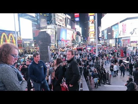 Vlog 004 TIMES SQUARE IS LIT! (NY Part 1)