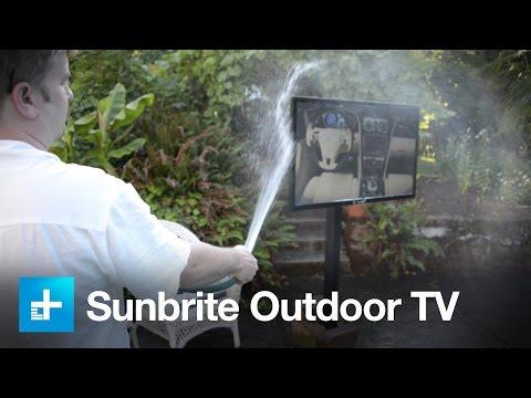 Sunbrite Signature series outdoor TV  hands on