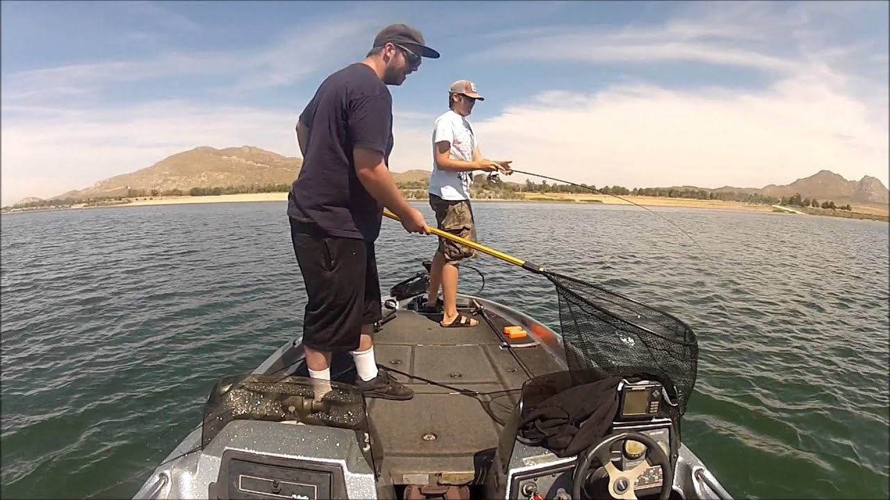 8 pound 2oz bass caught on 5 test lake perris ca youtube for Lake perris fishing report