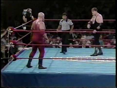 Sgt. Slaughter vs Boris Zhukov (10/16/1985) - YouTube