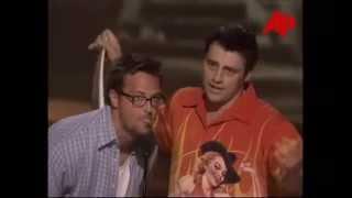 Matt LeBlanc and Matthew Perry accept a Teen Choice Award for Friends