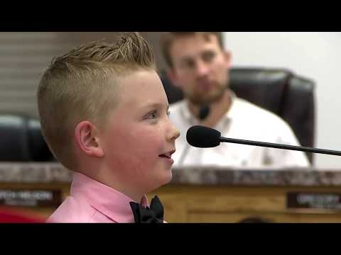 Laura - Colorado boy gets snowball fight ban overturned